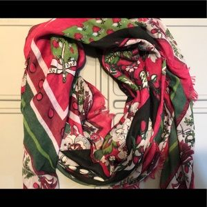 Vera Bradley Heavy Weight Square Scarf